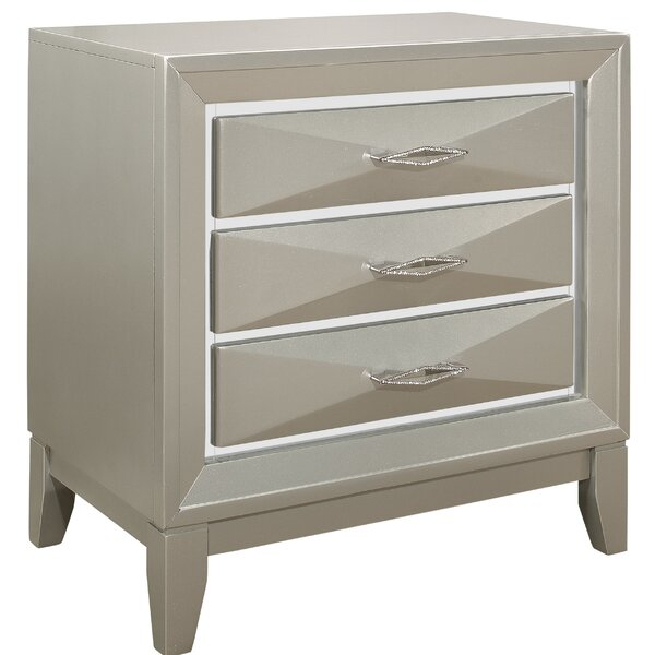 Livermore 3 Drawer Nightstand by Everly Quinn
