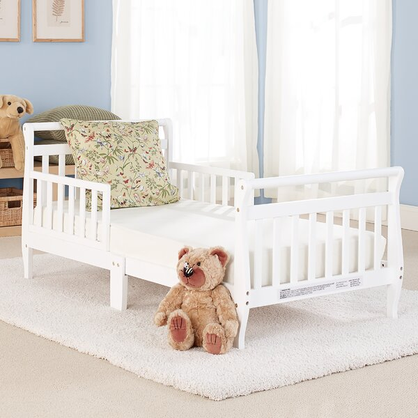 Big Oshi Toddler Sleigh Bed by Baby Time International Inc.