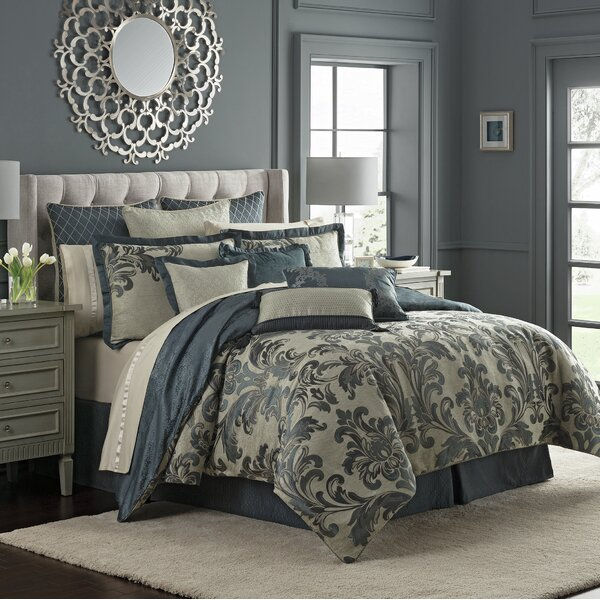 Everett Reversible Comforter Set