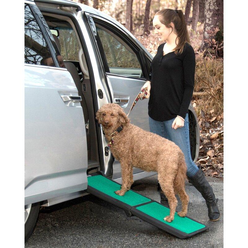 Black//Green Pet Gear Travel Lite Bi-Fold Half Ramp with supertraX