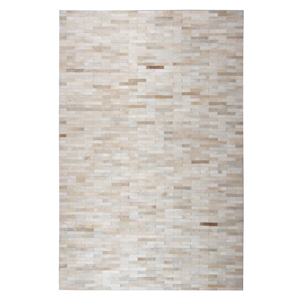 Tommen Hand-Woven Beige Area Rug by 17 Stories