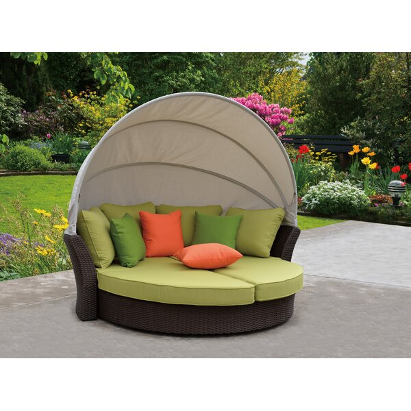 Linton Modern Outdoor Expandable Oval Daybed by Brayden Studio Brayden Studio