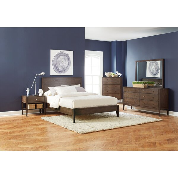Granillo Platform Bed by Ivy Bronx
