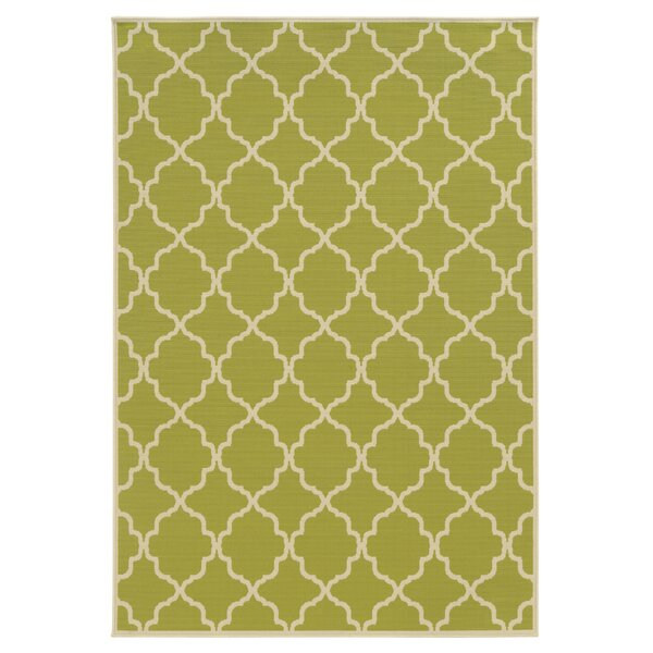 Eita Green/Ivory Indoor/Outdoor Area Rug by Rosecliff Heights