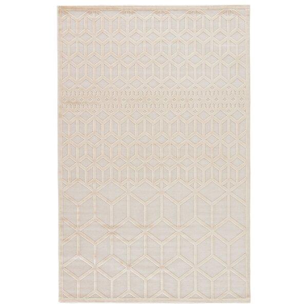 Helene Cream/White Area Rug by Wrought Studio