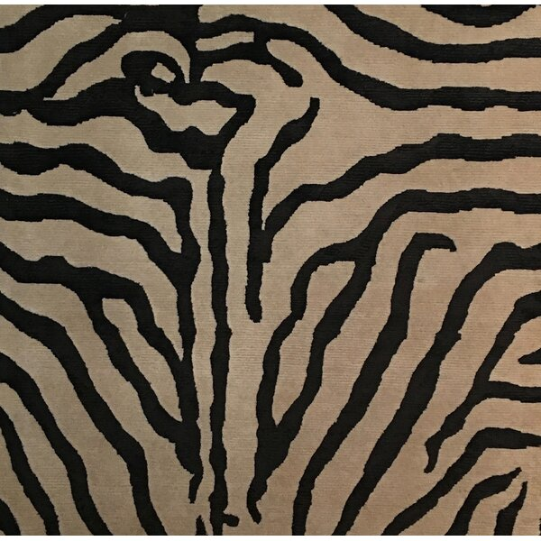 Metro-Velvet Hand-Knotted White/Black Area Rug by Exquisite Rugs