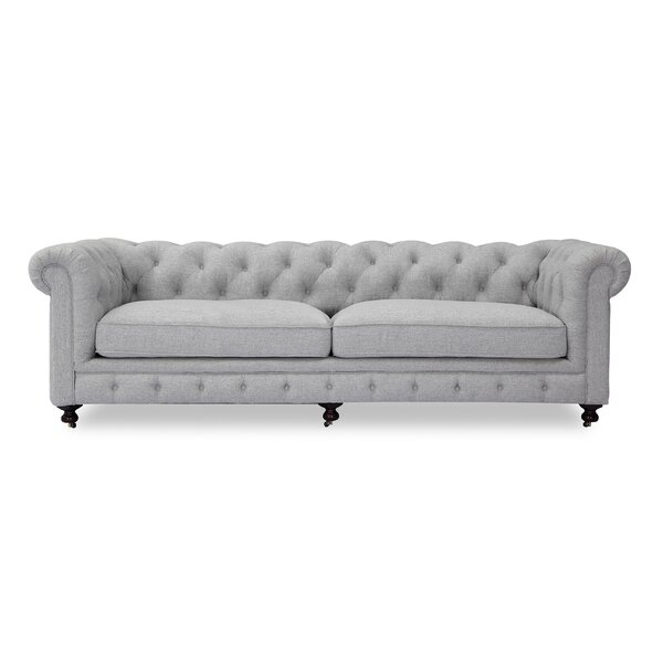 Modern Classic Chesterfield Sofa by Kardiel