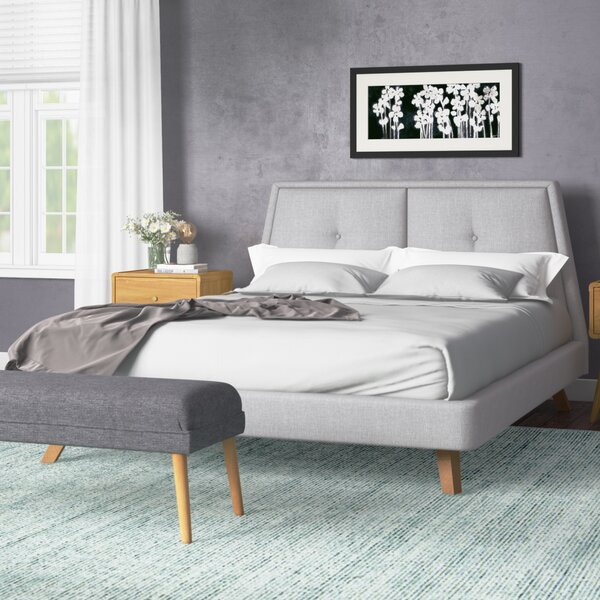Gaillard Queen Upholstered Platform Bed by Ivy Bronx
