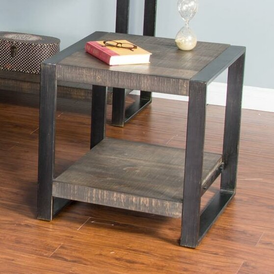 Chaput End Table by 17 Stories