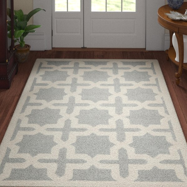 Mclawhorn Hand-Tufted Gray/Ivory Area Rug by Three Posts