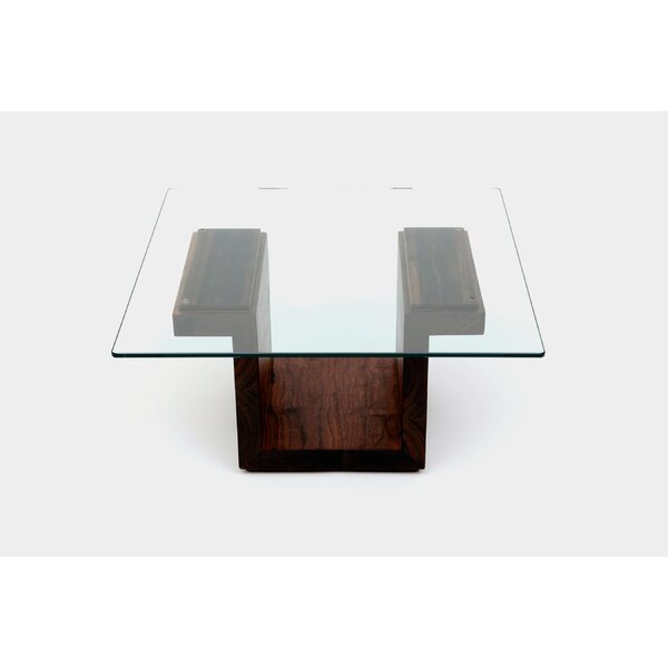 SQG Pedestal Coffee Table By ARTLESS