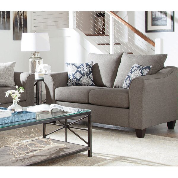 Review Mccullough Loveseat