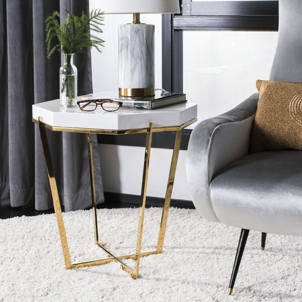 Balinas Metal End Table by Everly Quinn