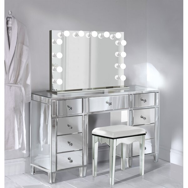 Escamilla Vanity Set with Mirror by Everly Quinn