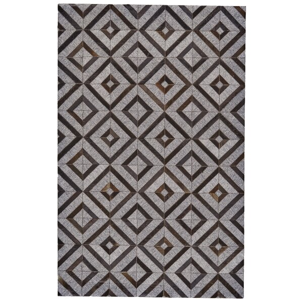 Grossi Hand-Woven Onyx/Asphalt Area Rug by Wrought Studio