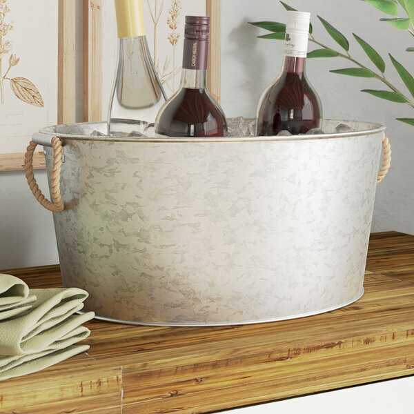 Dredge Galvanized Oval Beverage Tub with Jute Hand