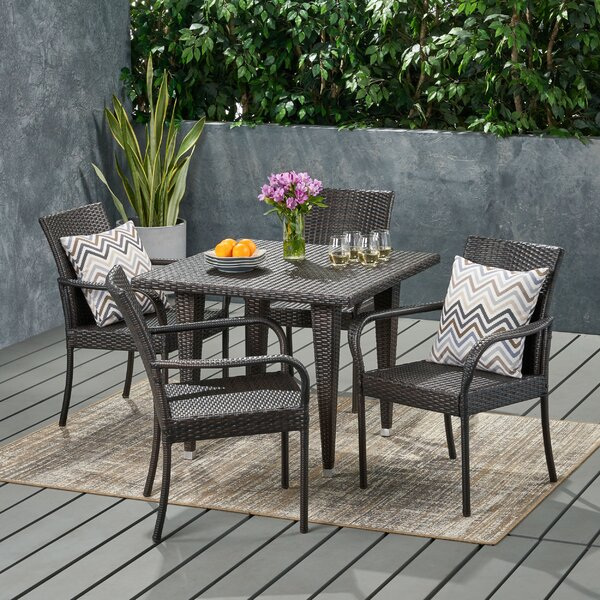 Henley Contemporary 4 Seater Wicker Dining Set by Wrought Studio