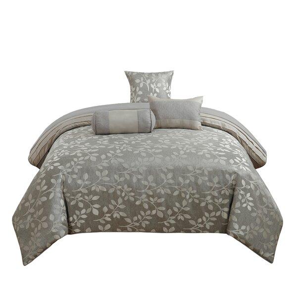 Anadale Comforter Set