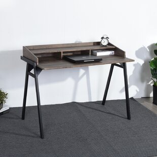 Hoddesd Desk