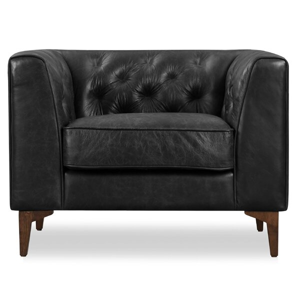 Review Renae Armchair