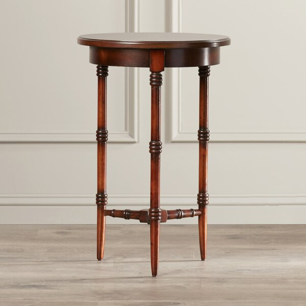 Corinne Traditional End Table by Darby Home Co
