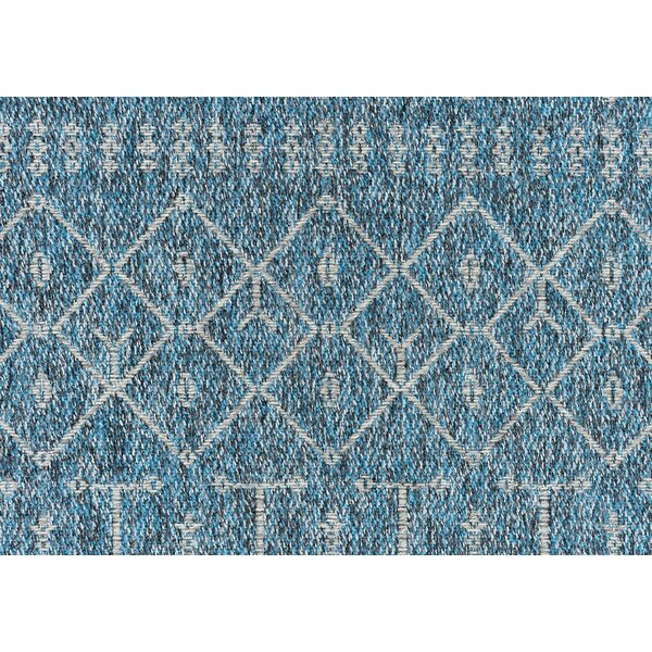Bourke Modern Denim Indoor/Outdoor Area Rug by Union Rustic