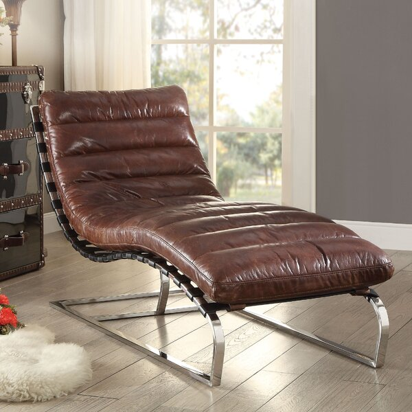 Review Alexcia Chaise Lounge
