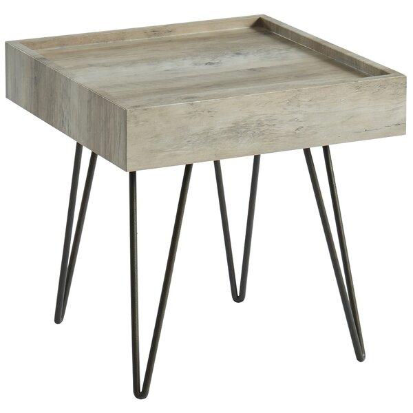 Nenita Contemporary Tray Table by Gracie Oaks