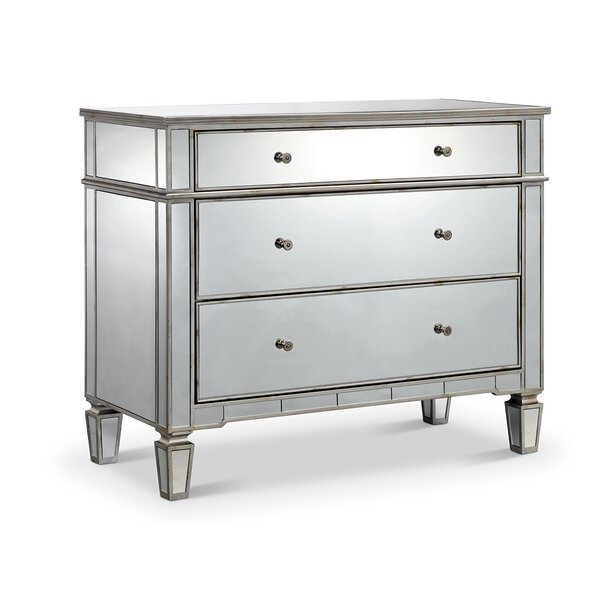 Drubin 3 Drawers Dresser by Mercer41
