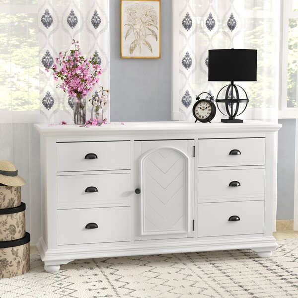 Tarquin 6 Drawer Combo Dresser By Beachcrest Home by Beachcrest Home 2020 Sale