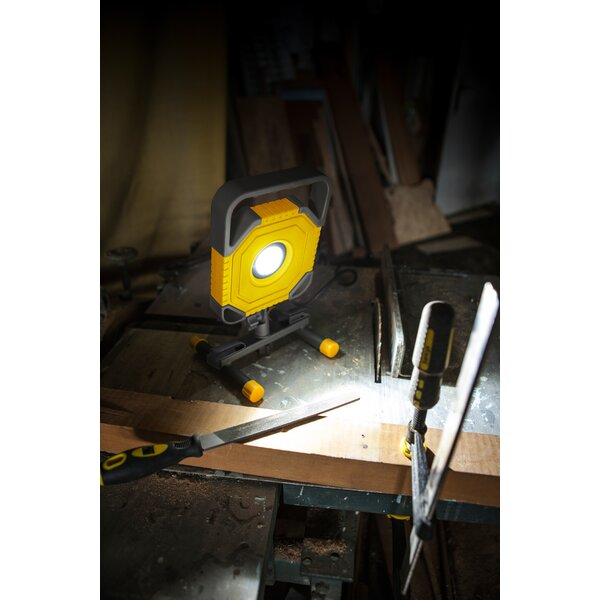 1500 Lumen Portable Work Light by Lutec