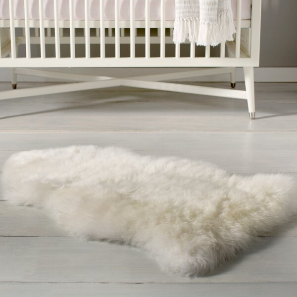 Single Pelt Ivory Area Rug by Fibre by Auskin