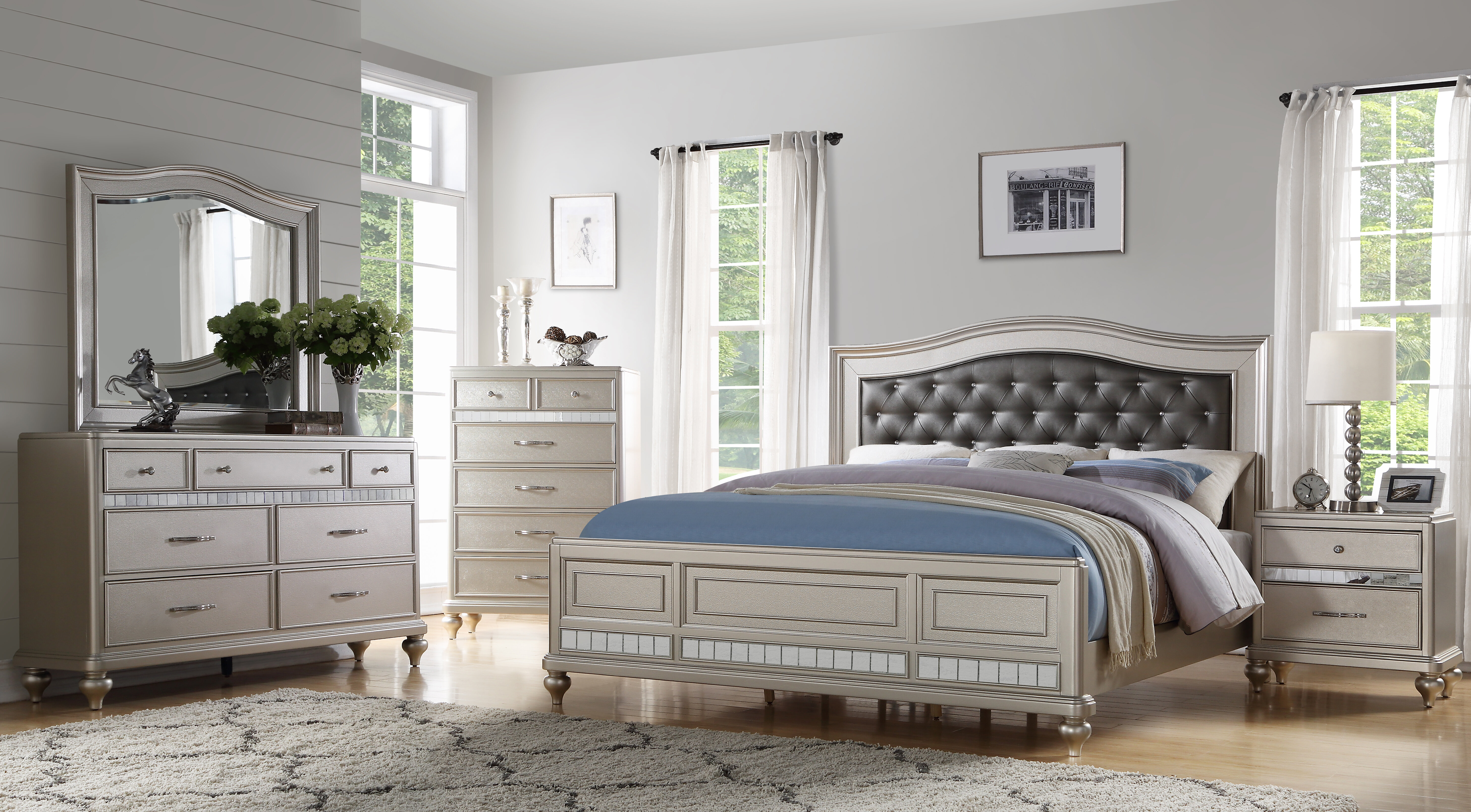 Keytesville 4 Piece Bedroom Set