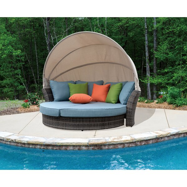 Linton Outdoor Expandable Oval Daybed by Brayden Studio