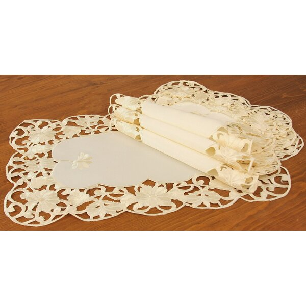 Daisy Lace Embroidered Cutwork Spring Placemat (Set of 4) by Xia Home Fashions
