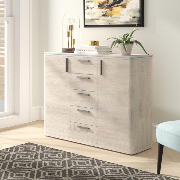 Viramontes 5 Drawer Combo Dresser by Latitude Run
