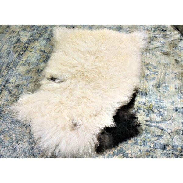 Havel Animal Print Handmade 2'3 x 3'8 Sheepskin White/Black Indoor / Outdoor Area Rug
