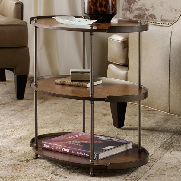 Leesburg Tray Table by Hooker Furniture