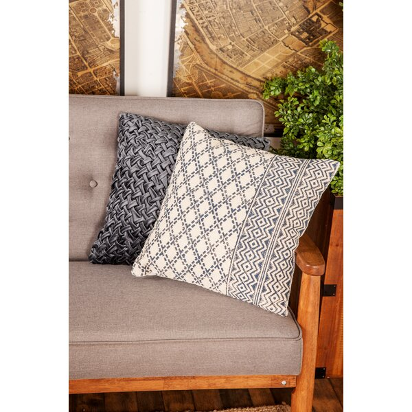 Aarons Traditional Square Kilim Throw Pillow by Union Rustic