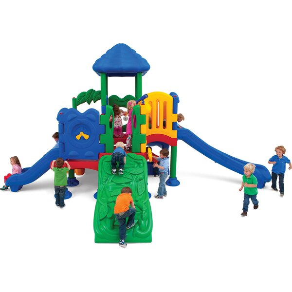 Discovery Center 5 Deck Play Structure with Roof b