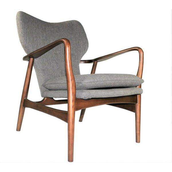 Review Brittain Lounge Chair