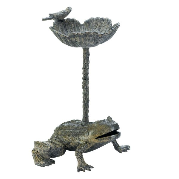 Leap Frog Birdbath by Zingz & Thingz