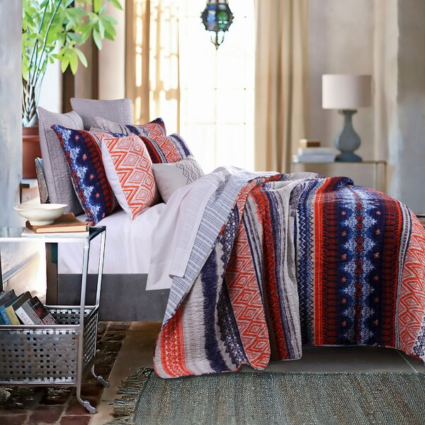 Lovettsville Reversible Quilt Set by Bungalow Rose