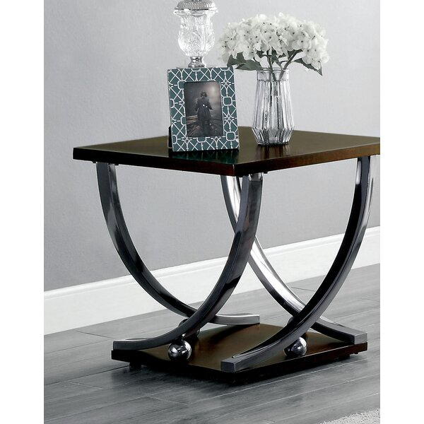 Rossana End Table by Latitude Run