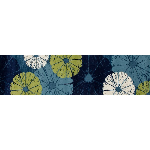 Ceasar Citrus Slice Blue Indoor/Outdoor Area Rug by Highland Dunes