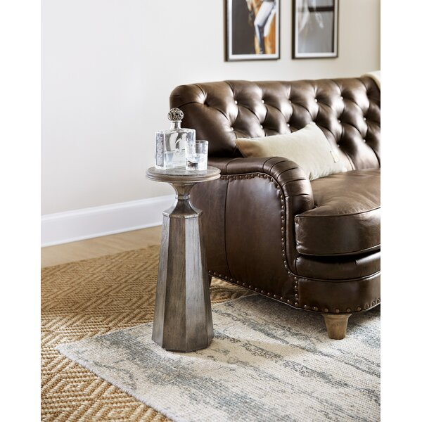 Woodland Martini End Table By Hooker Furniture