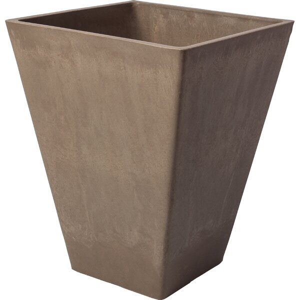 Cara Composite Pot Planter by Charlton Home