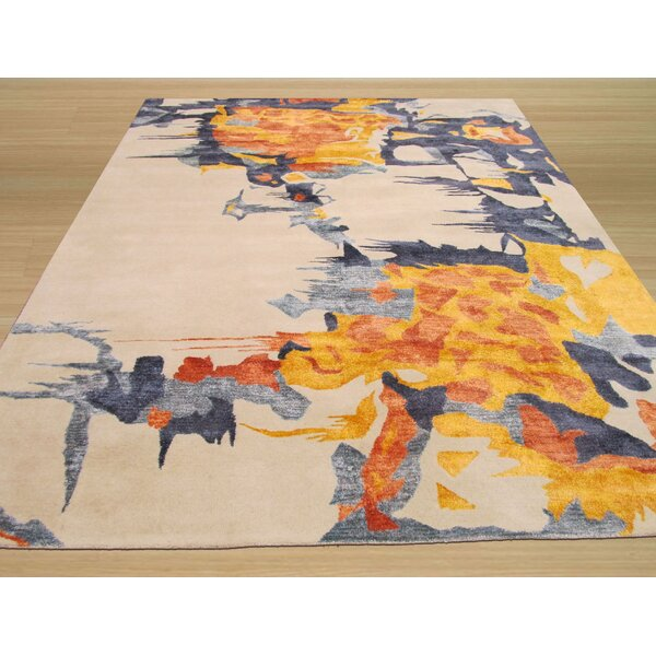 Columbia Hand Tufted Ivory Area Rug by Meridian Rugmakers