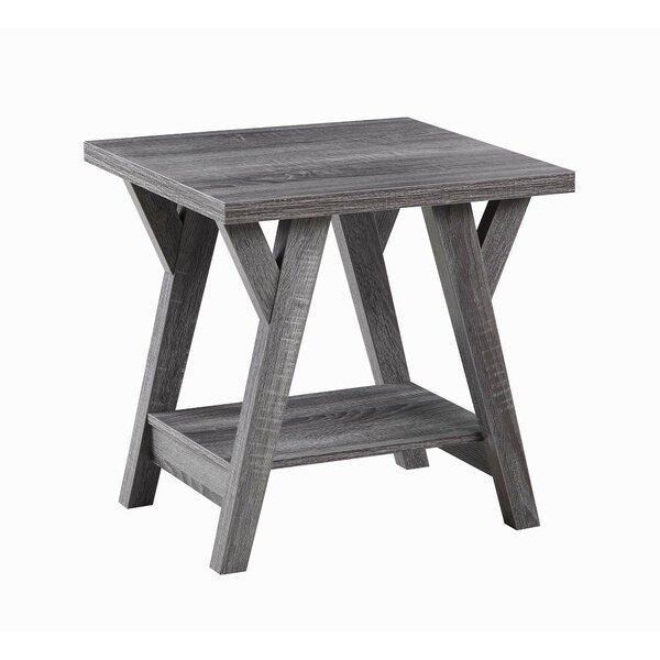 Sthilaire End Table by Gracie Oaks