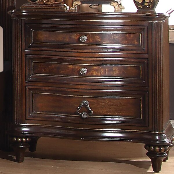 Wentzel 3 Drawer Bachelors Chest by Astoria Grand